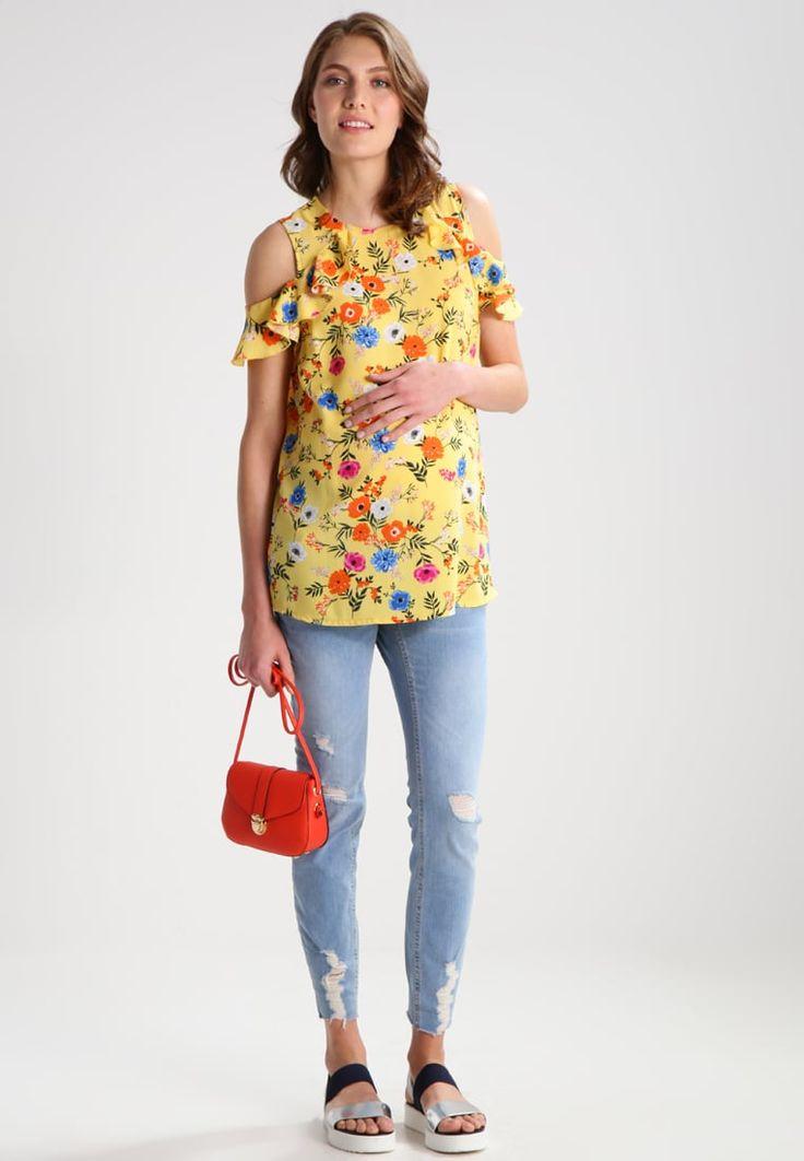 ¡Consigue este tipo de blusas de New Look Maternity ahora! Haz clic para ver los detalles. Envíos gratis a toda España. New Look Maternity JILL RUFFLE SHELL Blusa yellow: New Look Maternity JILL RUFFLE SHELL Blusa yellow Ofertas     Material exterior: 97% poliéster, 3% elastano   Ofertas ¡Haz tu pedido   y disfruta de gastos de enví-o gratuitos! (blusas, blusa, blusón, blusones, blouses, blouse, smock, blouson, peasant top, blusen, blusas, chemisiers, bluse, blusas)