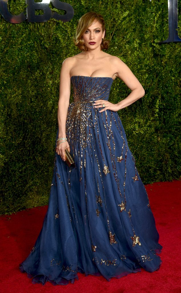 Jennifer Lopez is an absolute DREAM on the 2015 Tony Awards red carpet!