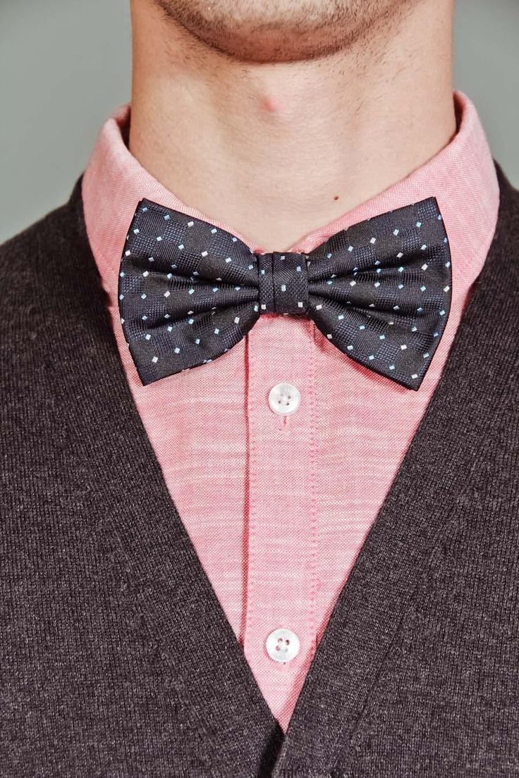 Dot bow tie