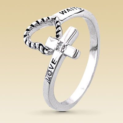True love waits.. AHHHH I WANT THIS. so pretty. So much prettier than my purity ring.