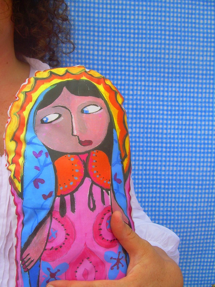 love this hanpainted piece by artist Graça Paz