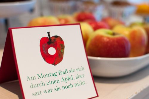 Raupe Nimmersatt Sweet Table The very hungry caterpillar