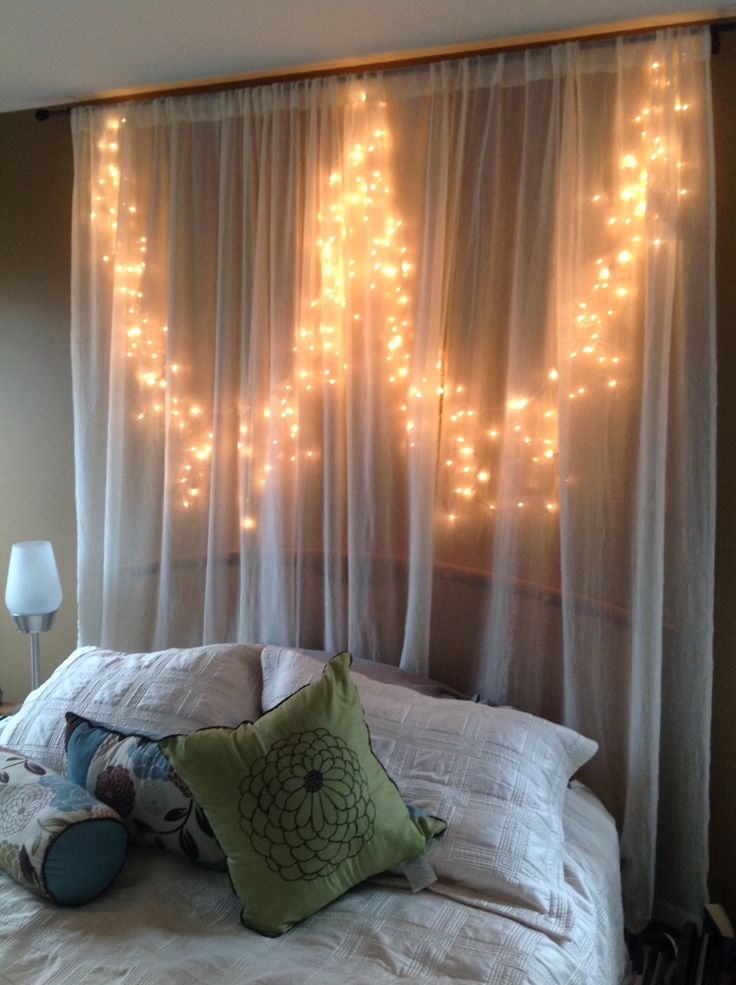 twinkle lights for bedroom 1000 ideas about icicle lights bedroom on pinterest 17654 | b005f40473f7720a07a8ec81319b769d