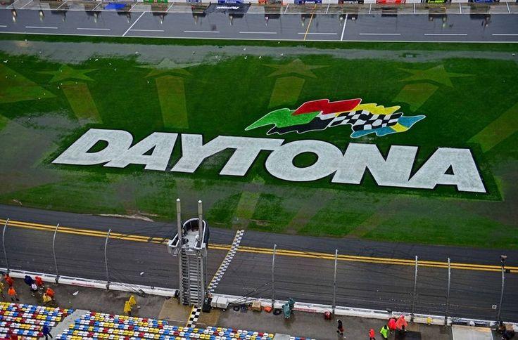 Daytona 500 Qualifying Session Results: Jeff Gordon to Start in No. 1 Spot