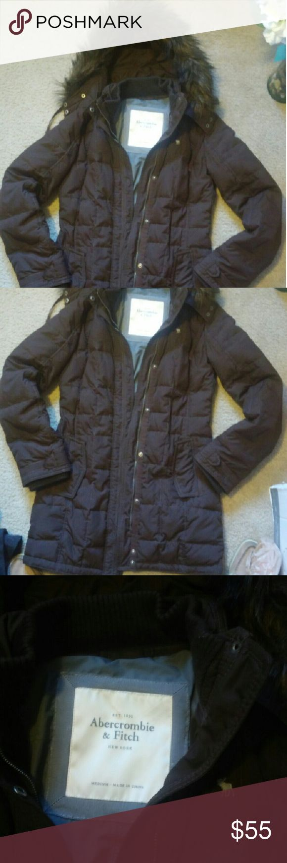 Abercrombie and Fitch puffer coat Abercrombie and Fitch puffer coat Great condition! No tears or stains Removable hoodie Removable faux fur on hoodie Abercrombie & Fitch Jackets & Coats
