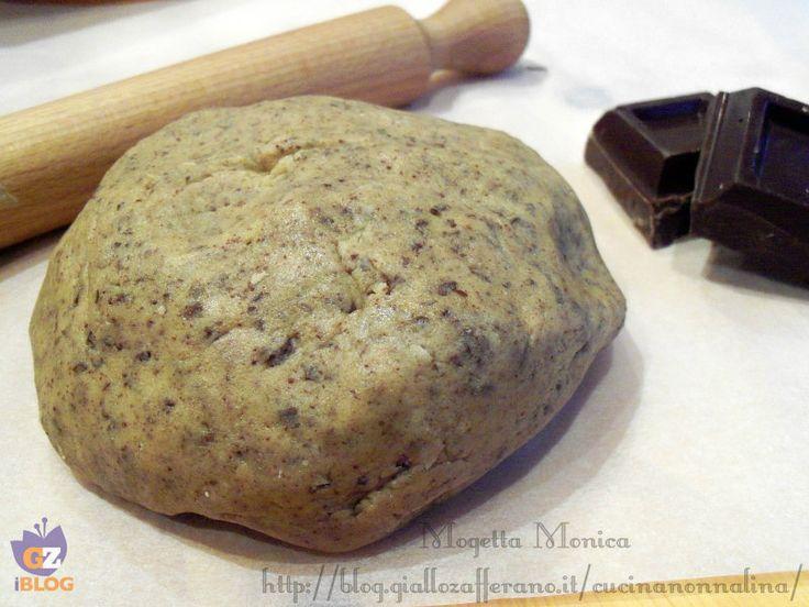 Pasta frolla al cioccolato ottima per golosi biscotti o come base per buonissime crostate,biscotti o crostate per merende o colazioni al sapor di cioccolato