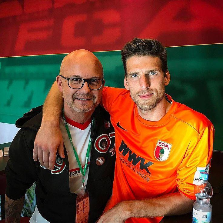 VIP TALK heute mit dem fantastischen @andreas.luthe  Super Spiel im ersten FCA Einsatz. . #fussball #augsburgerjungs #rotgruenweiss #bundesligageil #klassenerhalt #fcabvb #fcaugsburg @in_safe_hands_ev #augsburg #dortmund #fca #bvb #soccer #bundesliga