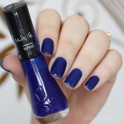"""Esmalte """"Tafetá"""" da Vult   Unhas Elegantes Azuis   Blue Nails   Fancy   by @morganapzk"""