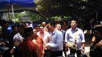 Jamaah maulid asrama Aceh FOBA bubar saat terdakwa penoda agama datang  JAKARTA (Arrahmah.com)  Jamaah yang mengahdiri peringatan maulid Nabi Muhammad Shallalahu alaihi wa Sallam di Asrama Mahasiswa Aceh Fund Oentoek Bantoean Atjeh (FOBA) Jakarta Selatan Ahad (5/3/2017) langsung membubartkan diri ketika terdakwa penoda agama Basuki Tjahaja Purnama alias Ahok tiba di arena perayaan maulid.  Kegiatan maulid diselenggarakan oleh mahasiswa penghuni asrama FOBA dirangkaian dengan pelantikan…