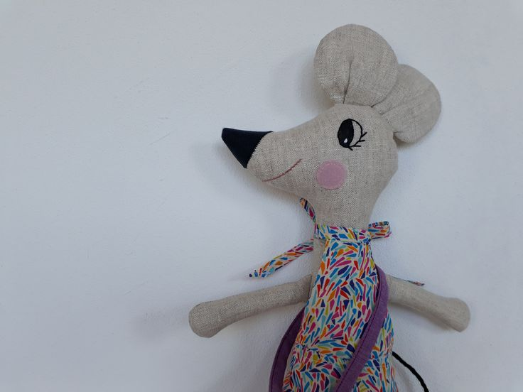 softie mouse, tooth fairy mouse, made of linen and Liberty of London, handmade by Abricot-et-lavande.ch