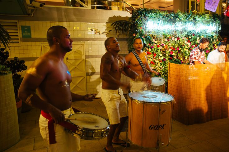 Feel the Brazilian beat.  #AlwaysSummer #Havaianas #Party