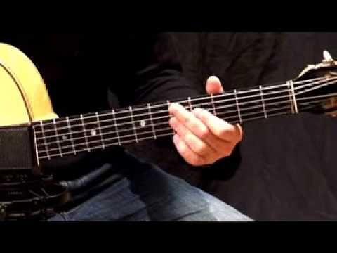 Guitarist Acoustic # 18 - Samy Daussat. Solo, accord et explication gamme-accord. Part et tab sur page face book cours de guitare jazz manouche. A vos Selmer...