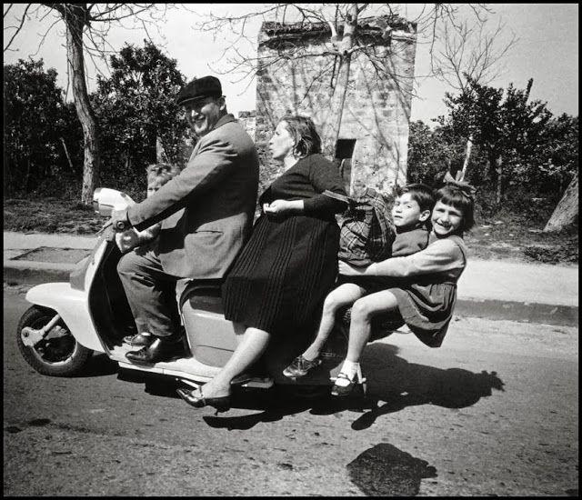 Bruno Barbey. The Italians. #Palermo #Sicilia 1966. #family #Italy