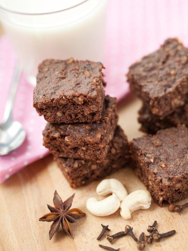 RAW brownie - Recept pre každého kuchára, množstvo receptov pre pečenie a varenie. Recepty pre chutný život. Slovenské jedlá a medzinárodná kuchyňa