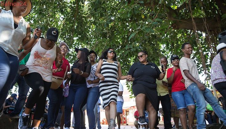 DUT staff defy lockout... and won't back down on pay demands