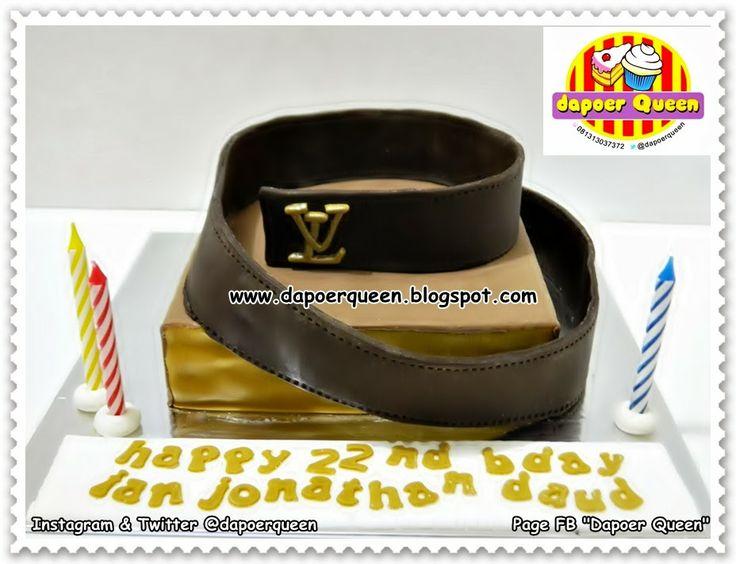 """Dapoer Queen: 3D """"Belt LV"""" cake"""