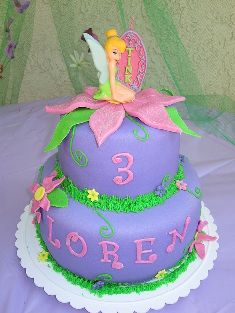 Tinkerbell Birthday cake (love that her name is spelled the same as mine)