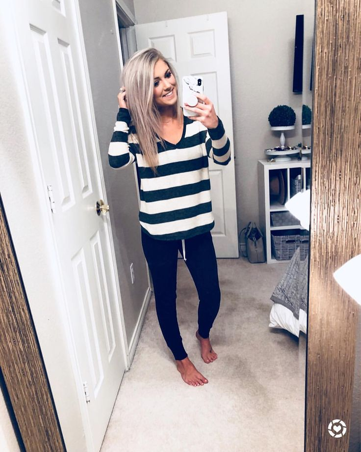 """2,384 Likes, 94 Comments - Katy Roach (@livingmybeststyle) on Instagram: """"RUN RUN RUN This striped tee that's everyone's favorite and under $40 is finally back in stock…"""""""