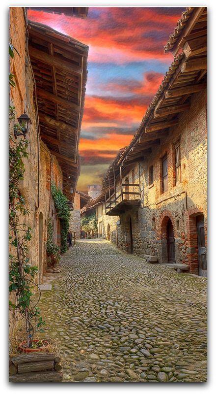 Ricetto di Candelo,  Candelo, Piedmont, Italy