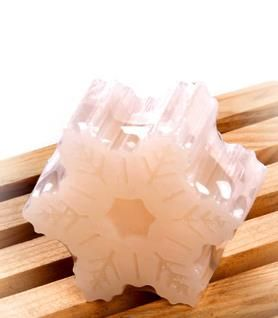 Sapone biologico con una forma speciale e creativo saponi con naturale olio di rosa che sono adatti per qualsiasi organismo