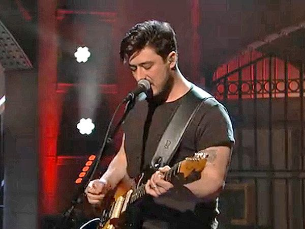 Watch a Plugged-In Mumford & Sons Play 'The Wolf' on SNL (VIDEO) http://www.people.com/article/mumford-and-sons-snl-the-wolf