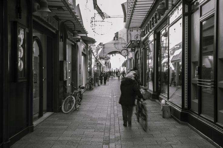 Il fascino di Ravenna, anche in bianco e nero. Foto di Simone Masini.