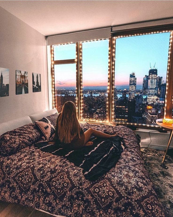 College dorm room ideas / inspiration for college girls rooms / pink grey cute lights arrow chic / lights boho