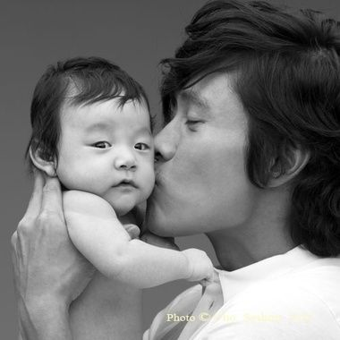 Byung Hun Lee baby, I just absolutely adore this picture!