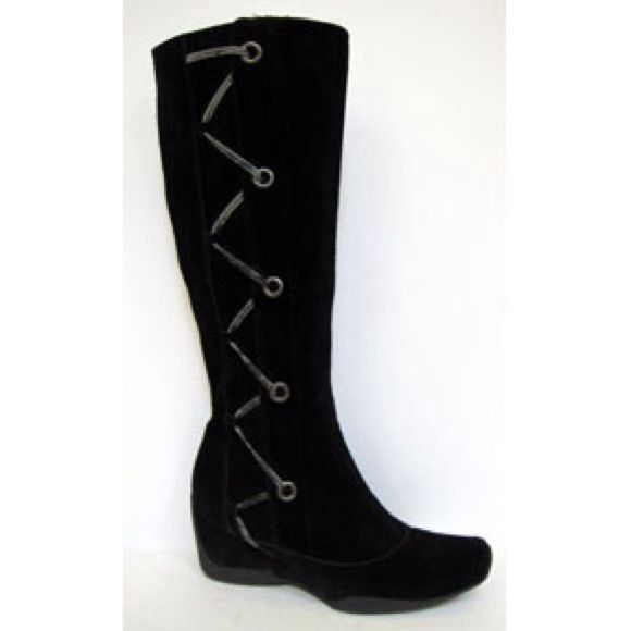 aerosoles hem black suede wedge boot seasons