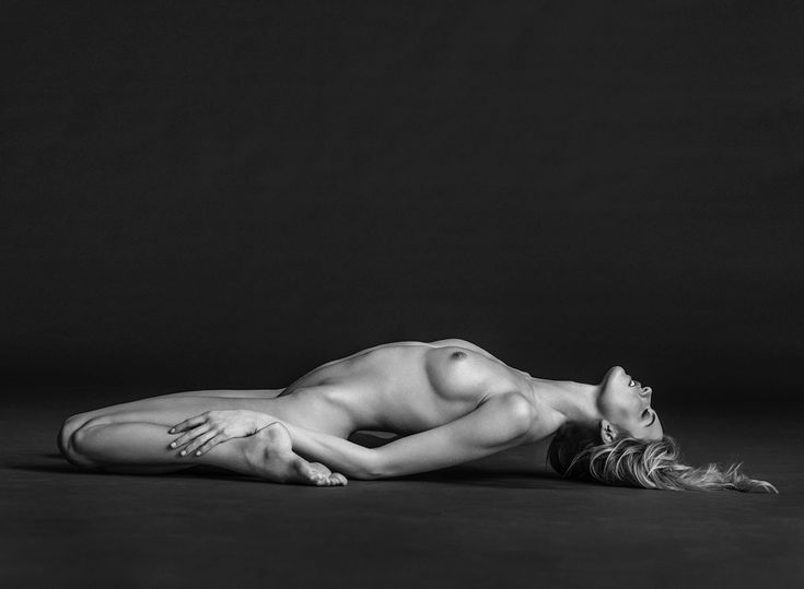 """Martha Hunt for """"Angels"""" by Russell James"""