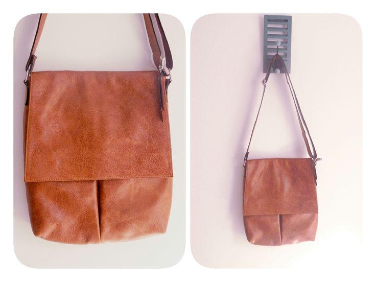 Morral color madera. Tamaño mediano. #bags #leatherware #morral