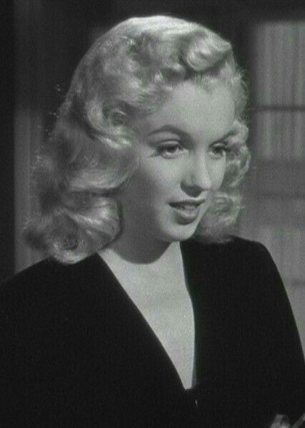 1948 - Ladies of the chorus