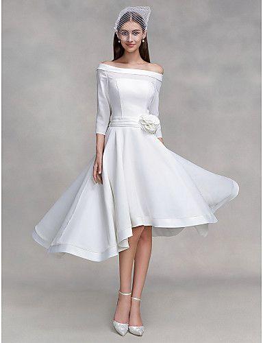 Vestido de Novia Asimétrico Hombros @ Vestidos de Novia Blog