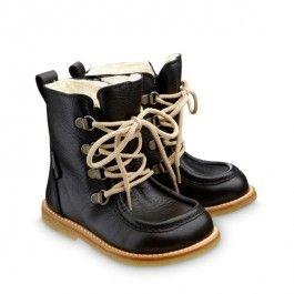 Angulus boots