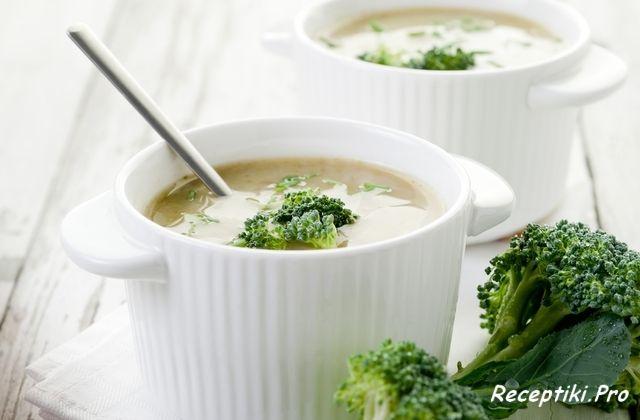 Суп из цветной капусты и кабачками