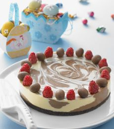 Cadbury no-bake Dark and White Chocolate Cheesecake - Crowd pleasing chocolate cheesecake can become a centre piece for your family this Easter.