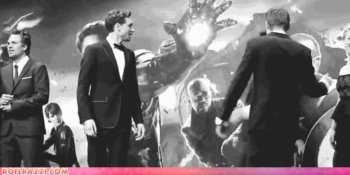 I love this Gif!!! It's so cute Tom & RDJ :D ♥ but jeremy needs some love too!!