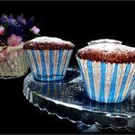 Низкокалорийные шоколадные кексы за 1 минуту  Мука овсяная — 4 ст. л.  Какао-порошок — 2 ст. л.  Яйцо куриное — 1 шт  Молоко (обезжиренное) — 3 ст. л.  Сахар тростниковый — 4 ст. л.  Масло растительное — 1 ст. л.  Разрыхлитель теста — 1 ч. л.