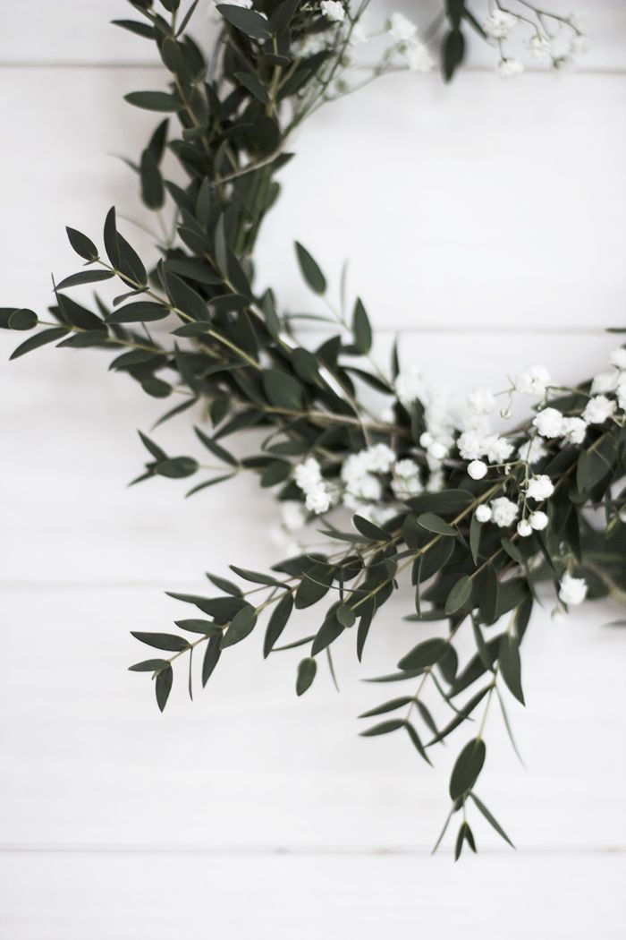 Sometimes just one variety of greenery is more elegant than a mix.