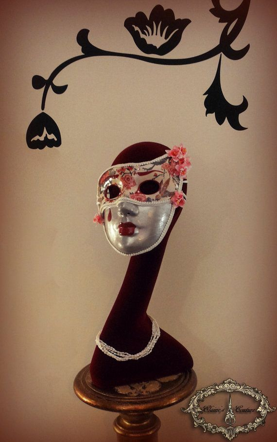 Silver, red and white Venetian mask covered with chinoiserie paper, inspired from Kabuki theatres masks. Totally hand-painted. The mask is