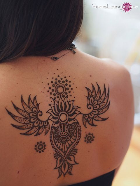henna back tattoo