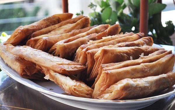 Πίτες Καισαρείας. Για όσους αγαπούν τον παστουρμά!