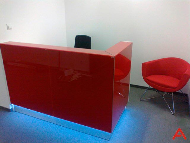 Lady in red - linea reception desk. How do you like this project in Poland?