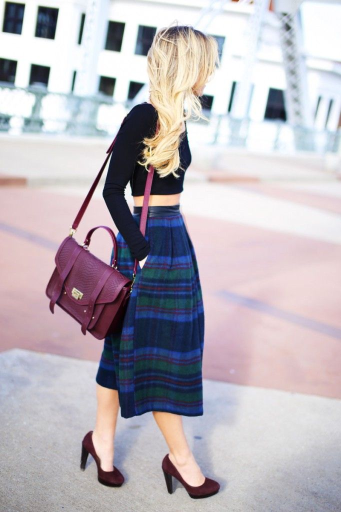 Fashion outfit inspiration > tartan/ plaid skirt and cropped top