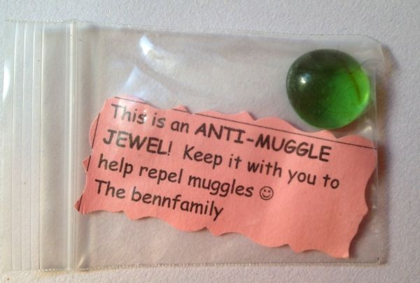Pinned for the idea- no further information at the site. Fun for a Harry Potter themed event.