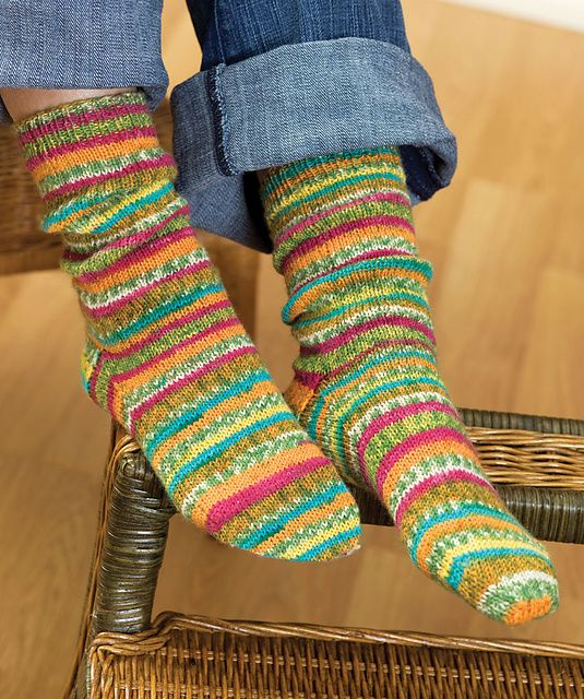 self striping knit socks.  free pattern.