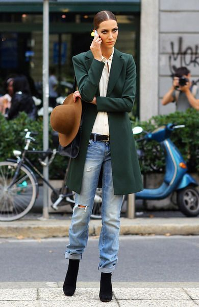 Love these look, especially with baggy, ragged jeans, teamed with a large tailored jacket!!... - Street Style And Fashion Ideas