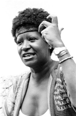 Lelia Gonzalez        Lélia Gonzalez (1935-1994) was a Brazilian intellectual, anthropologist, professor and militant of the Movimento Negro Unificado. She is a legend in the history of the Brazilian feminist movement in its struggle to combat violence against women, particularly sexual and domestic violence. A pioneer in the study of Black Culture, she earned a degree in Philosophy and History, a Master's in Social Communications and a Ph.D in Social Anthropology in São Paulo and dedicatin