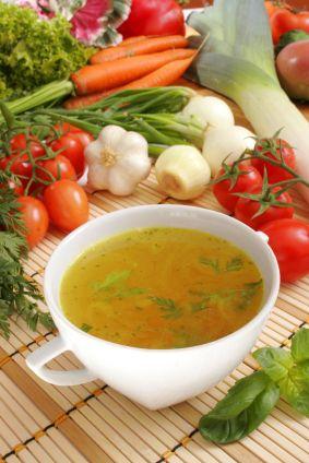 Paleo Immune-Building Vegetable Broth | Dr. Kellyann Petrucci DrKellyann.com #paleodiet #paleorecipe #boostingimmunity