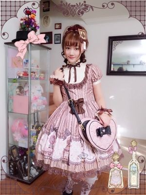 Introduction of photos posted in Alice Holic ☆  ☆・。 Kana葉 さん 。・☆ Pink × Brown is an elegant and cute coordination💕 https://aliceholic.com/posts/7070  *The image is posted with approval of the author ♪